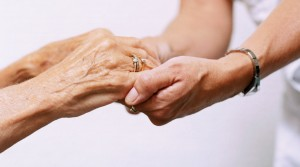 Need In Home Care for a Senior? 10 Tips to Find the Right Caregiver