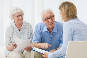 Need a Senior Living Home? 5 Tips to Find the Best One
