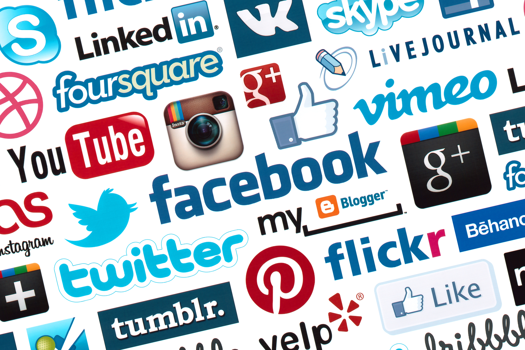 How Caregivers Can Use Social Media